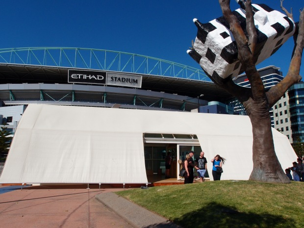 Hortus, under the cow in a tree and Etihad Stadium