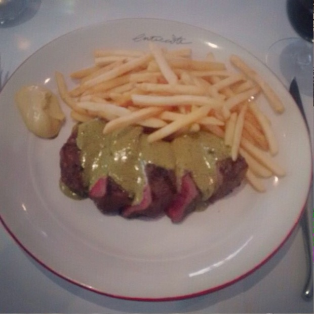 Entrecôte staples with unlimited pommes fritês, eye filet steak and famous sauce